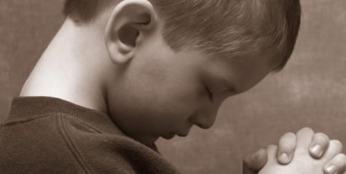 Praying.Boy.Bedtime