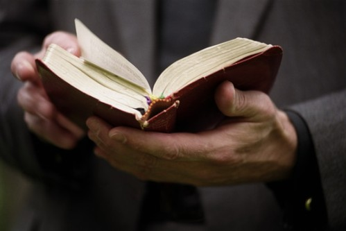 Bible.Hands
